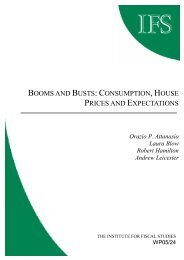 Booms and busts: consumption, house, prices and expectations