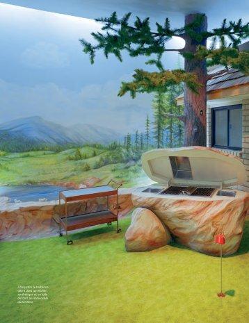 Côté jardin, le barbecue géant dans son rocher synthétique et, en ...