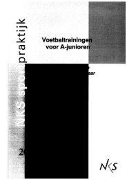 Page 1 Page 2 Voetbaltrainingen voor A-junioren Complete ...