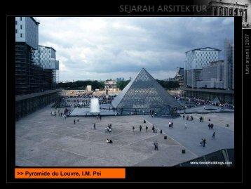 Pyramide du Louvre, I.M. Pei - File UPI