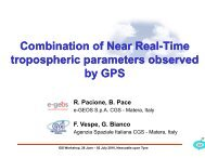Combination of near real-time tropospheric parameters by GPS - IGS