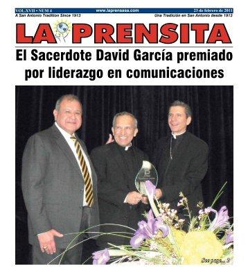 El Sacerdote David García premiado por liderazgo en comunicaciones