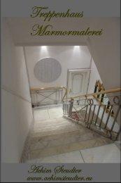 Treppenhaus Holztreppe restauriert und Marmoriert in Carrara Marmor