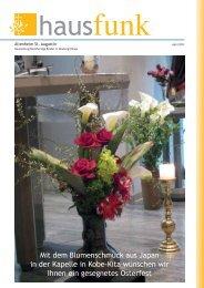 Mit dem Blumenschmuck aus Japan in der Kapelle in Kobe-Kita ...