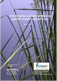 Vetiver grass as bank protection against vessel-induced loads