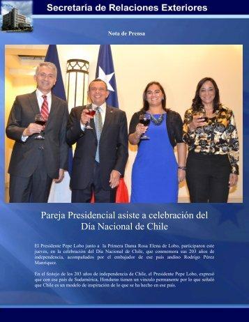 Pareja Presidencial asiste a celebración del Día Nacional de Chile