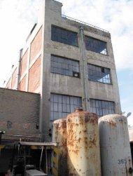 přestavba a dostavba tovární budovy af bkk - Architekt