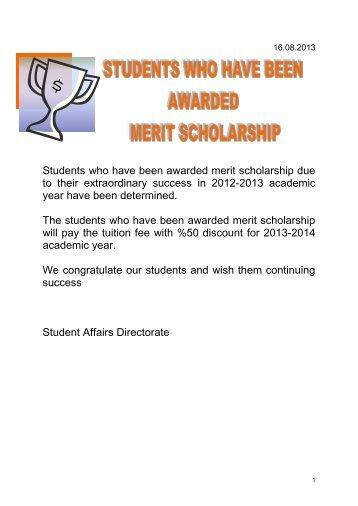 başarı bursu almaya hak kazanan öğrenciler
