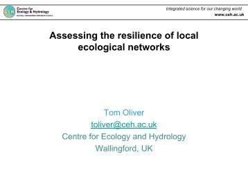 Assessing the resilience of local ecological networks