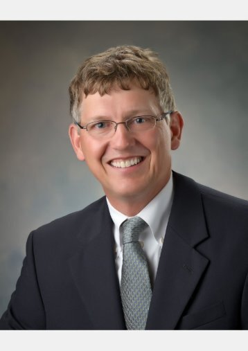 Fort Wayne cosmetic dentist Dr. Steven Ellinwood, DDS