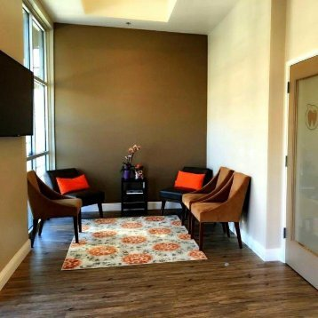 Waiting area at Dublin CA dentist Persimmon Dental Care