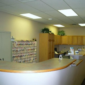 Front office at the dental clinic of Michael J Aiello, DDS Clinton Township, MI 48038