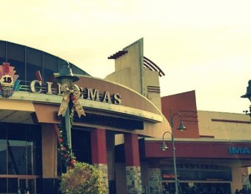 Edwards Temecula 15 and IMAX is few paces to east of Temecula Ridge Dentistry