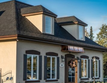 Crema Coffee House & Pastries 7 minutes drive to the south of Wasilla dentist Alaska Center for Dentistry PC