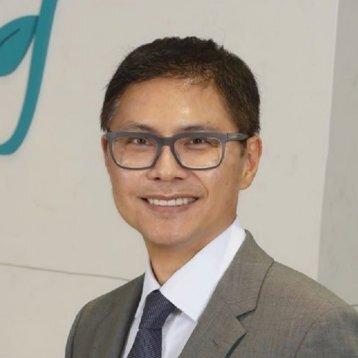 Airdrie dentist Dr. Lawrence Lai of Sonata Dental