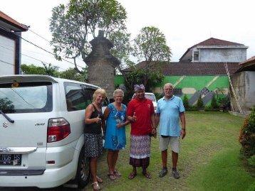 Bali Gids Putu, Nederlands Sprekende Gids Op Bali