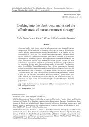 Looking into the black-box: analysis of the effectiveness of human ...