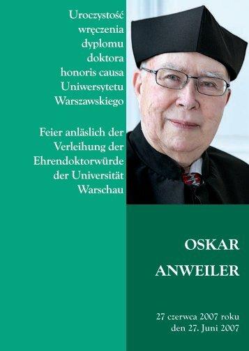 Uroczystość wręczenia dyplomu - Uniwersytet Warszawski