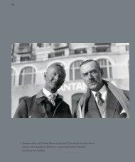 25 Hermann Hesse und Thomas Mann vor dem Hotel Chantarella ...