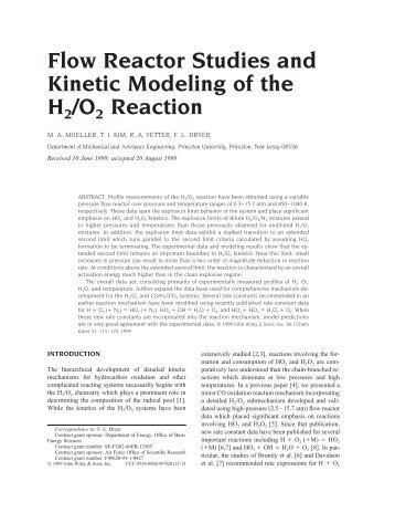 Flow reactor studies and kinetic modeling of the H2/O2 reaction